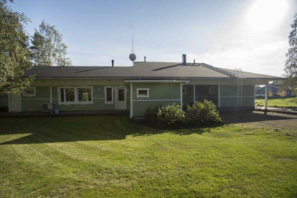 Akaalla_omakotitalo_myynnissa_osta_talo_akaasta_in_finland_house_for_sale_in_akaa_house_home